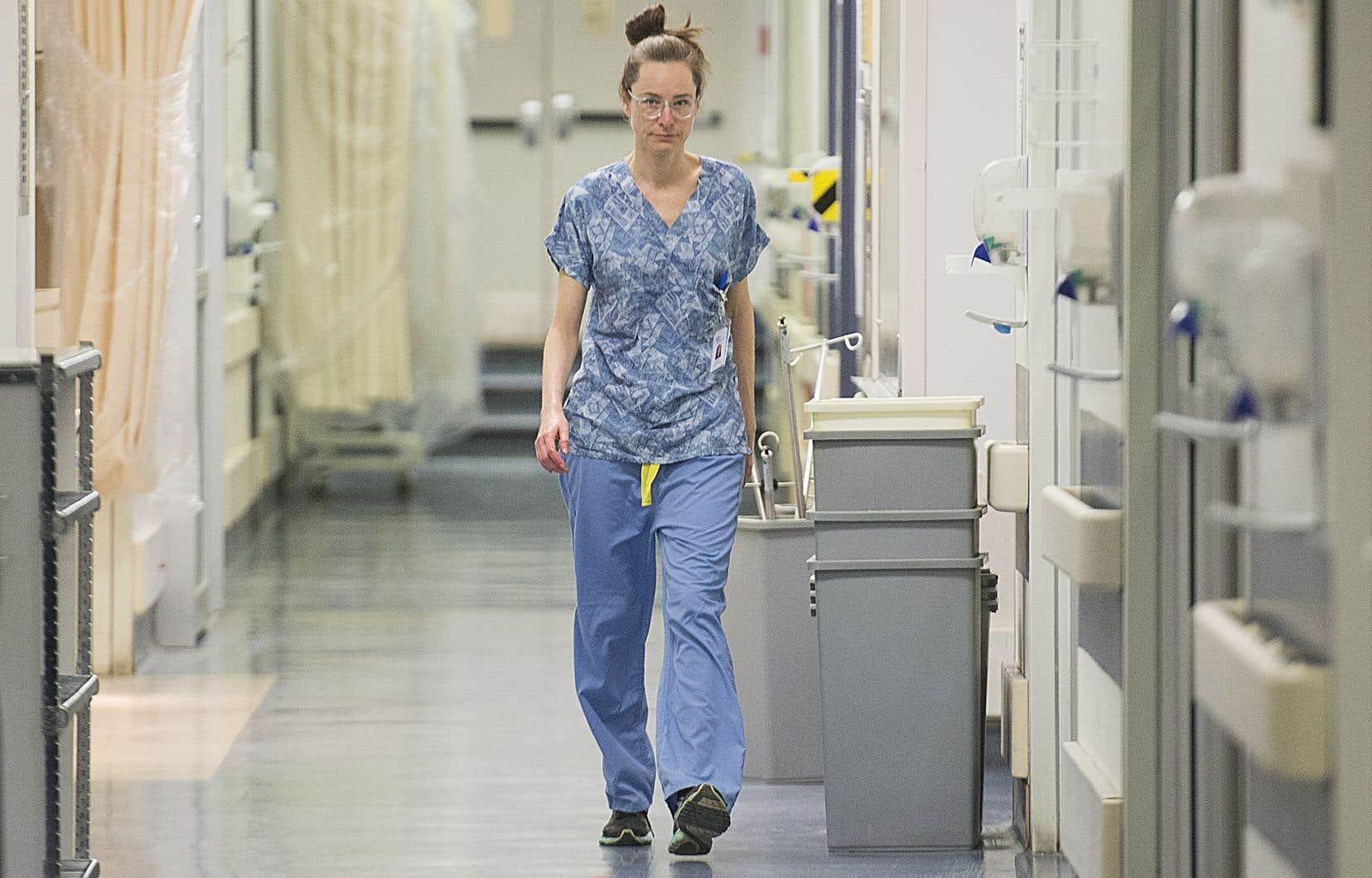 L'ouverture d'une autre clinique de dépistage à Longueuil, en Montérégie, est prévue pour lundi prochain. Celle de Montréal est en service depuis lundi.