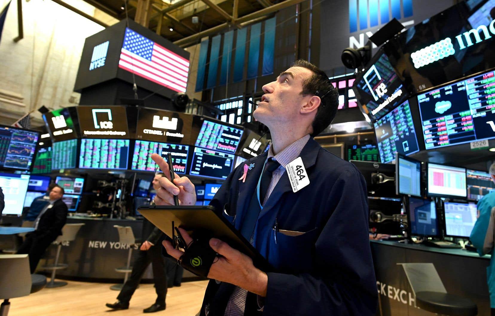Après la chute quotidienne, Wall Street y est allée d'un autre rebond typique des marchés fondamentalement baissiers mardi.