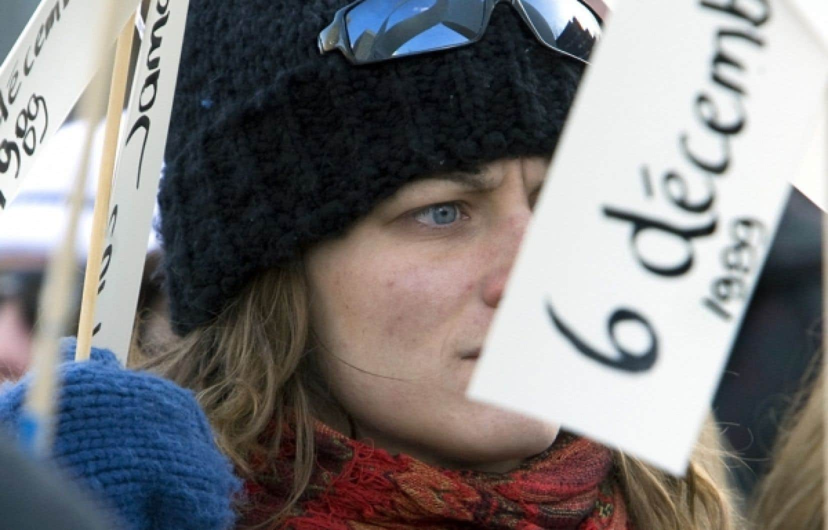 Chaque année, le 6 décembre, le Québec commémore le drame de Polytecnique, survenu en 1989.<br />