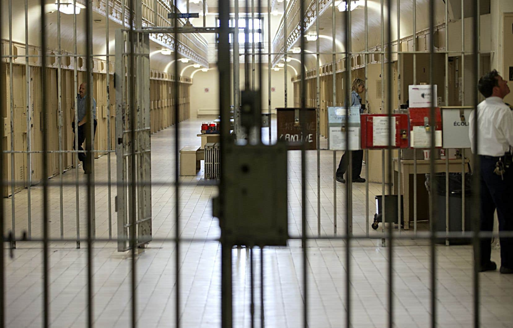 Lors des deux dernières fins de semaine, les établissements de détention avaient accueilli respectivement 520 et 359 détenus.