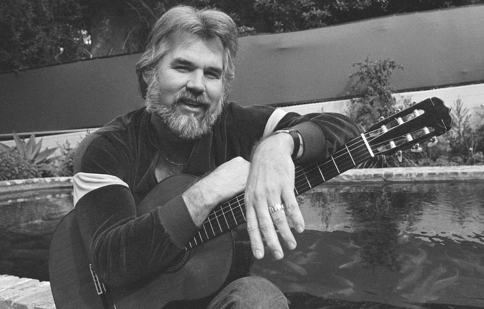 Même s'il a également touché au jazz, au folk et à la pop, Kenny Rogers a toujours préféré être considéré comme un chanteur country.