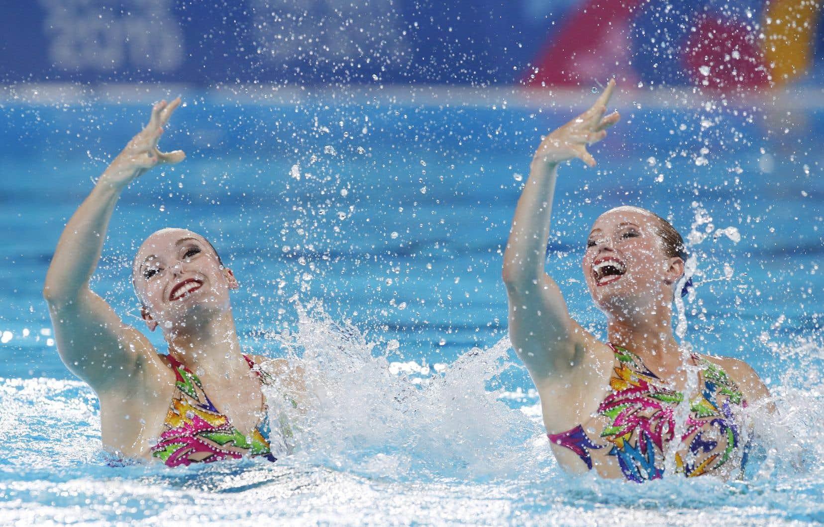«J'étais déchirée en pensant à tout le travail que j'ai investi depuis les derniers Jeux de Rio, a répondu honnêtement la nageuse Jacqueline Simoneau (à droite sur la photo). Puis en continuant de lire son message, j'ai compris que c'était plus gros que nous, les athlètes, que c'était une affaire de santé publique.»