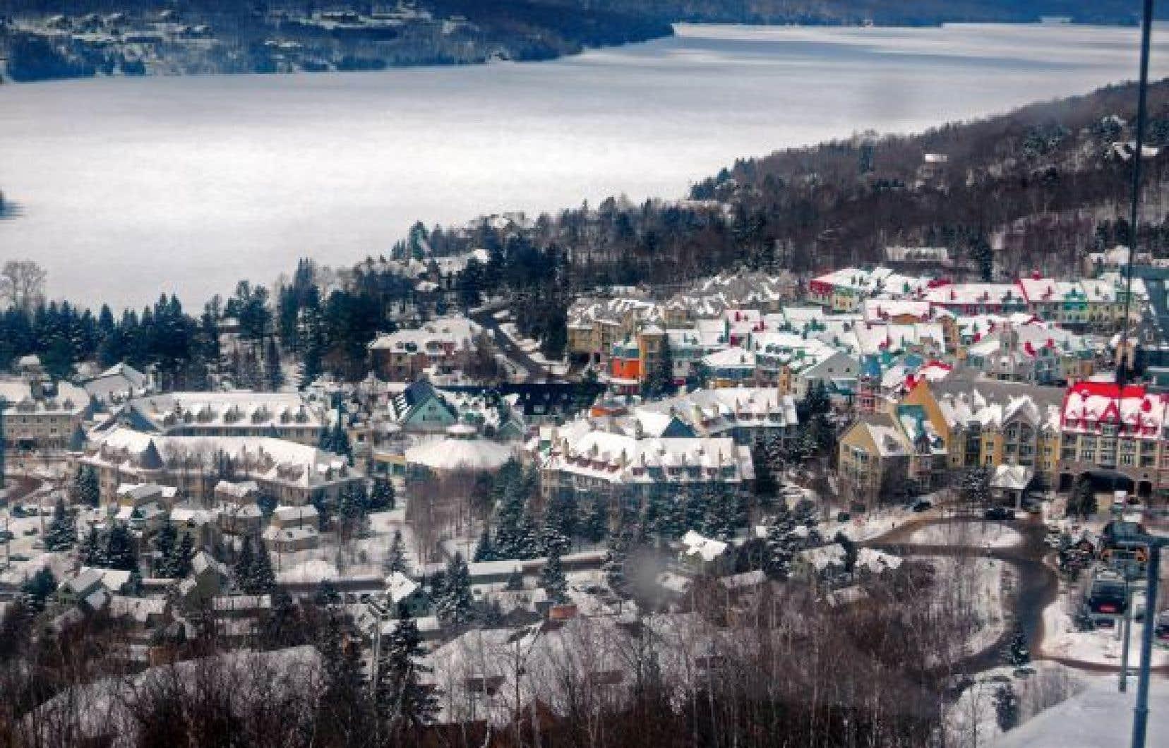 Les municipalités touristiques, comme Mont-Tremblant, craignent que le va-et-vient de touristes sur leur territoire entraîne un risque accru de contagion.