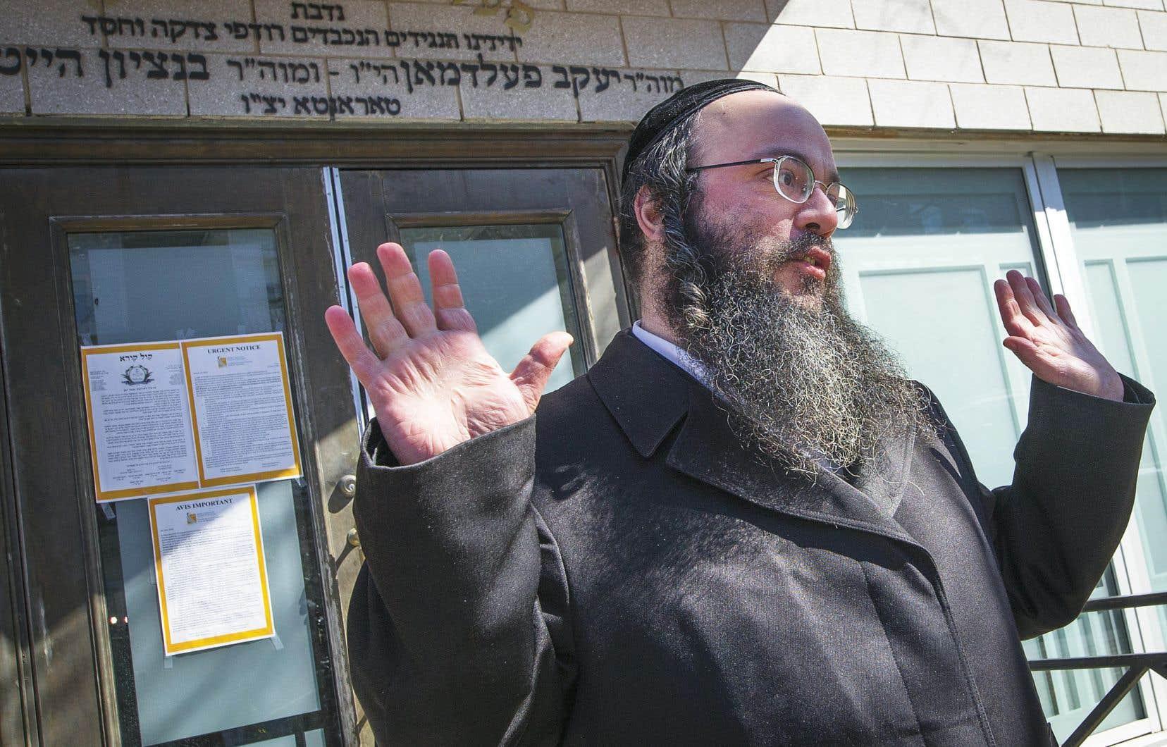 Un porte-parole des communautés juives hassidiques d'Outremont, Abraham Ekstein, a exprimé la peine provoquée par la mort d'un homme de 67 ans au sein de sa communauté.
