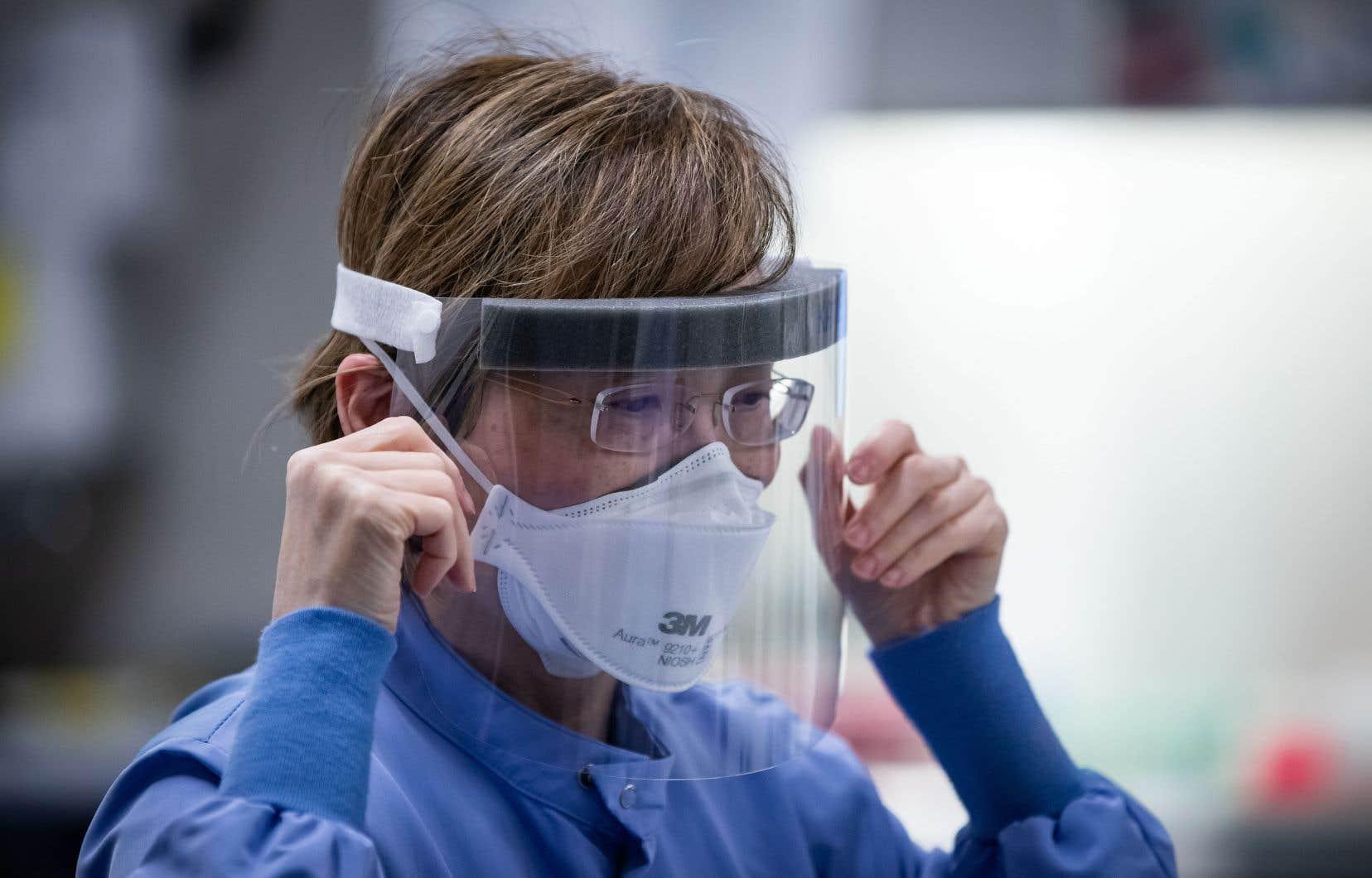Ces masques pour usage sanitaire et industriel ont été commandés par la filière canadienne de Protective Industrial Products, dont le siège social est à Laval.