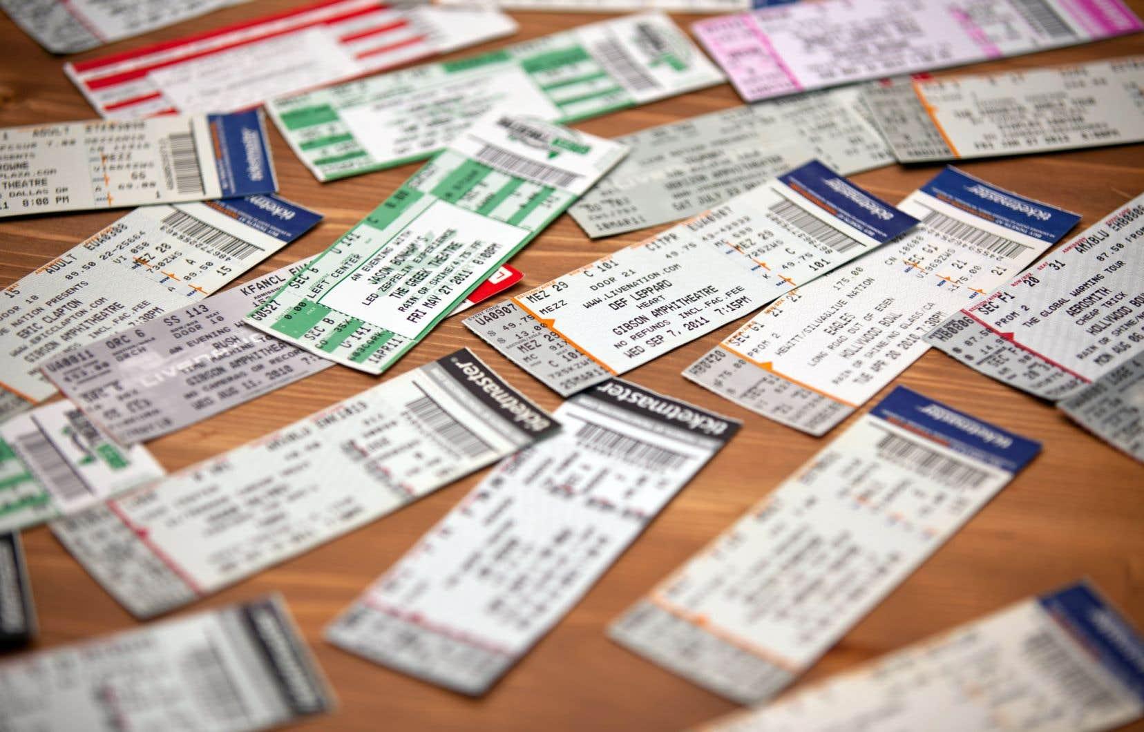 L'Office de la protection du consommateur précise que le commerçant doit normalement rembourser le client, ou lui proposer une autre date pour la tenue de l'événement.