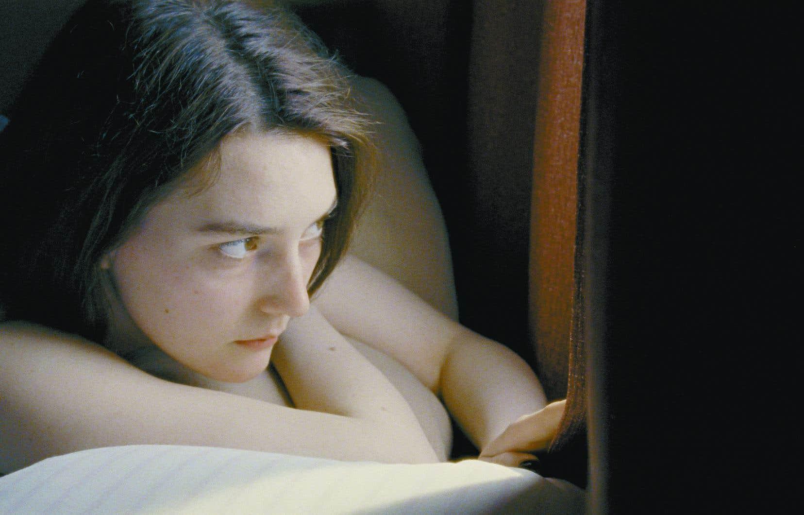 L'actrice Sidney Flanigan brille par l'intériorité de son jeu dans son interprétation de l'héroïne, Autumn.