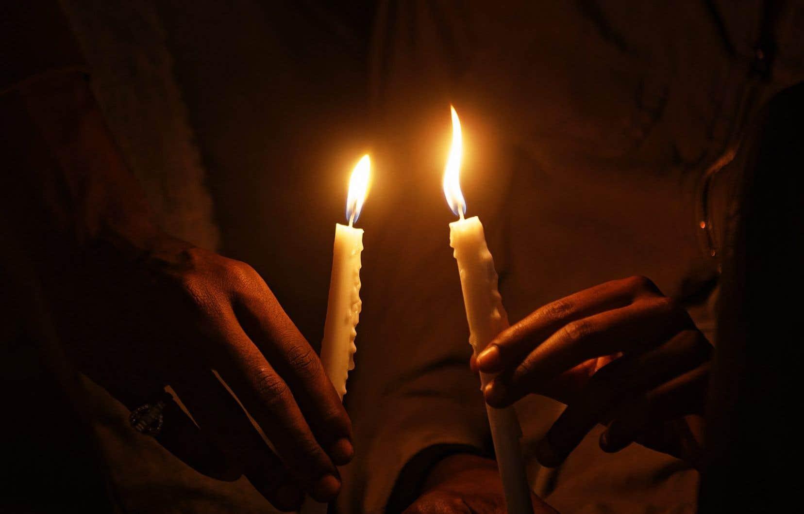 Cette année, les commémorations à l'heure du confinement risquent d'être un vrai défi pour les rescapés du génocide de 1994, comme pour ceux qui les aident.