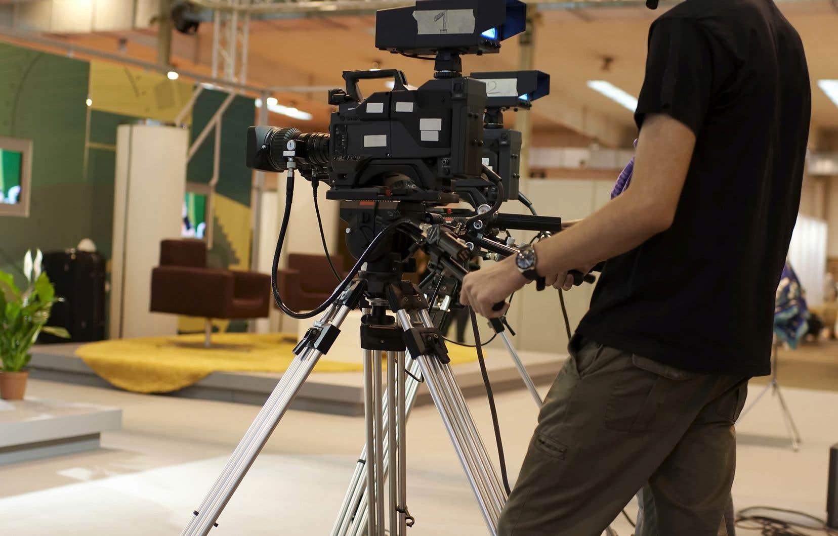 Les mesures de confinement ont provoqué l'annulation de nombreux tournages d'émissions et de fictions.