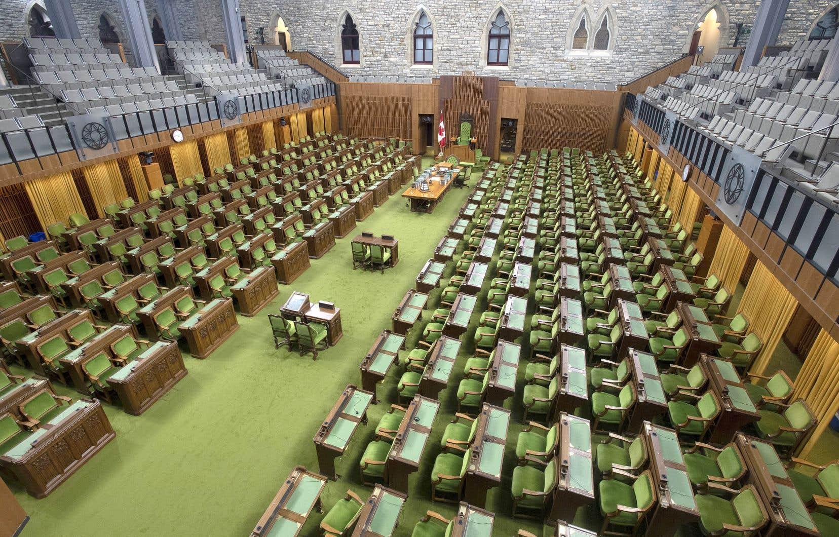 Les travaux à la Chambre des communes sont ajournés depuis le 13 mars dernier.