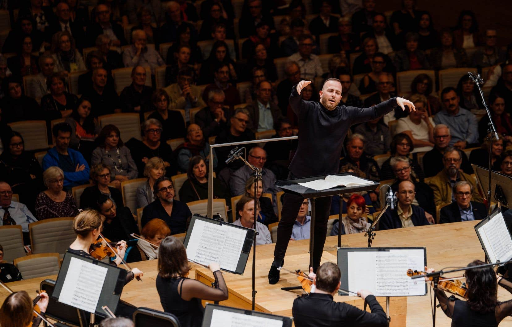 Le chef Yannick Nézet-Séguin lors d'un concert de l'Orchestre Métropolitain à la Maison  symphonique  de Montréal