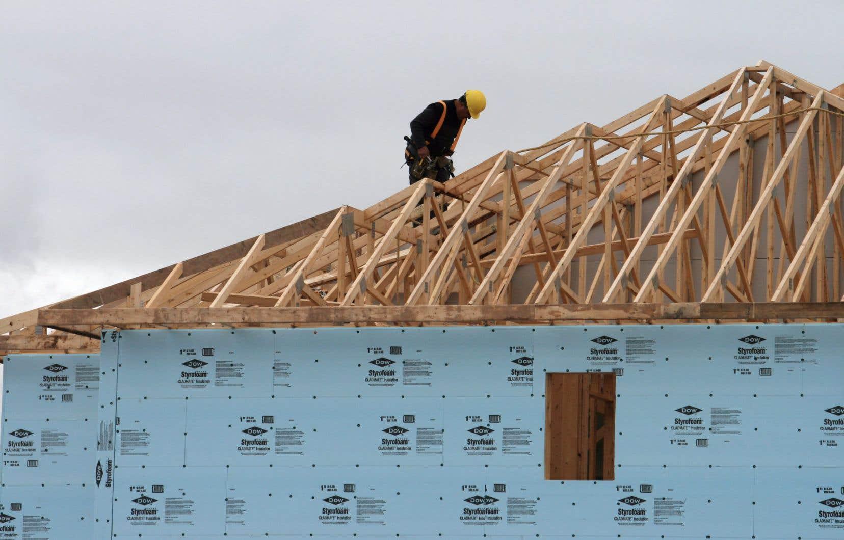 Comparé à d'autres secteurs, le marché immobilier est toutefois bien positionné pour la reprise après la crise, selon Royal Lepage.