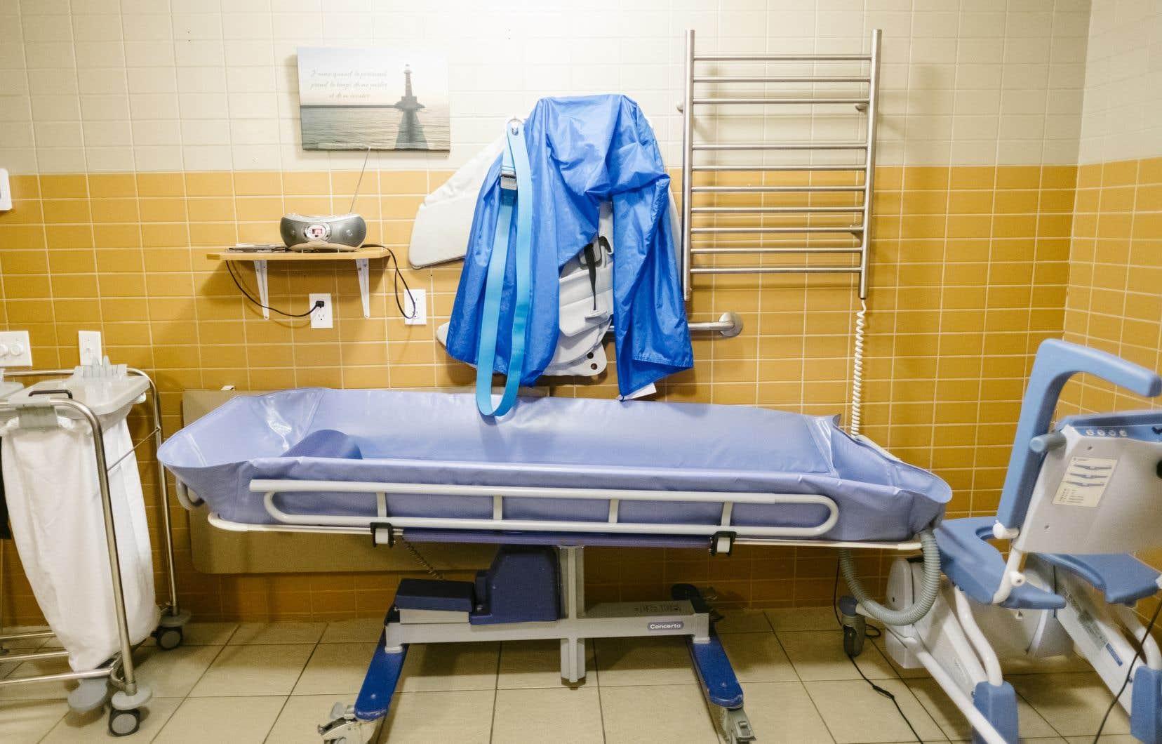 L'enquête conjointe visera à évaluer la qualité des soins qui sont dispensés par les membres de ces ordres professionnels, tant dans les centres privés que publics.