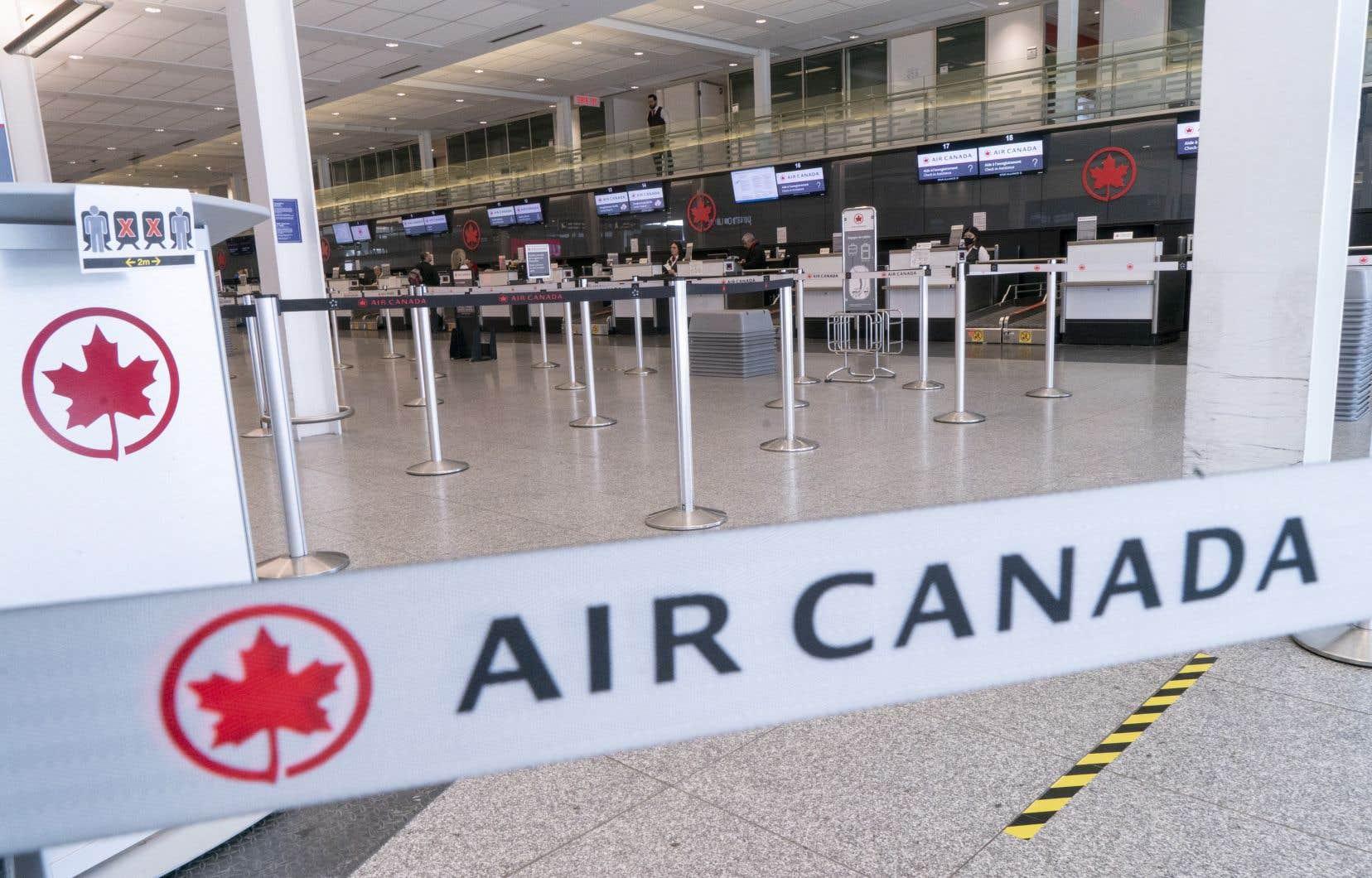 <p>Le premier ministre, Justin Trudeau, a confirmé samedi que le Canada continuerait de restreindre les voyages non essentiels au sud de la frontière.</p>