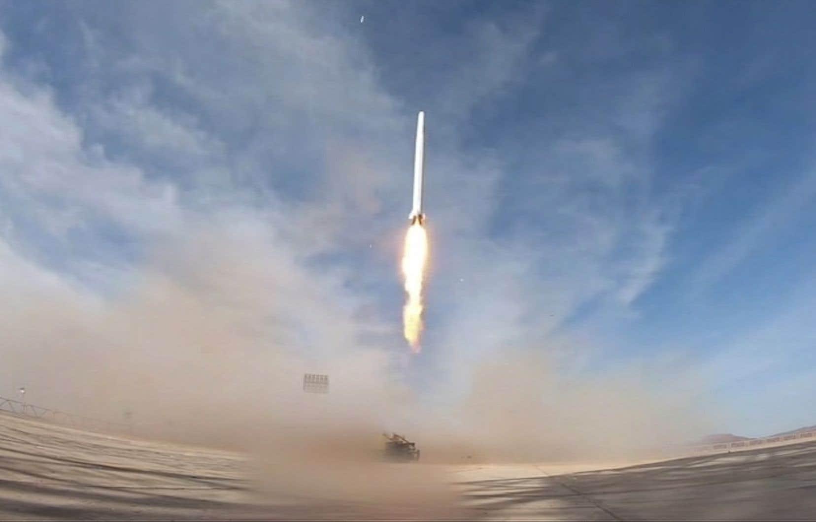 Les Gardiens de la Révolution, l'armée idéologique de la République islamique iranienne, se sont targués du lancement réussi du satellite «Nour».