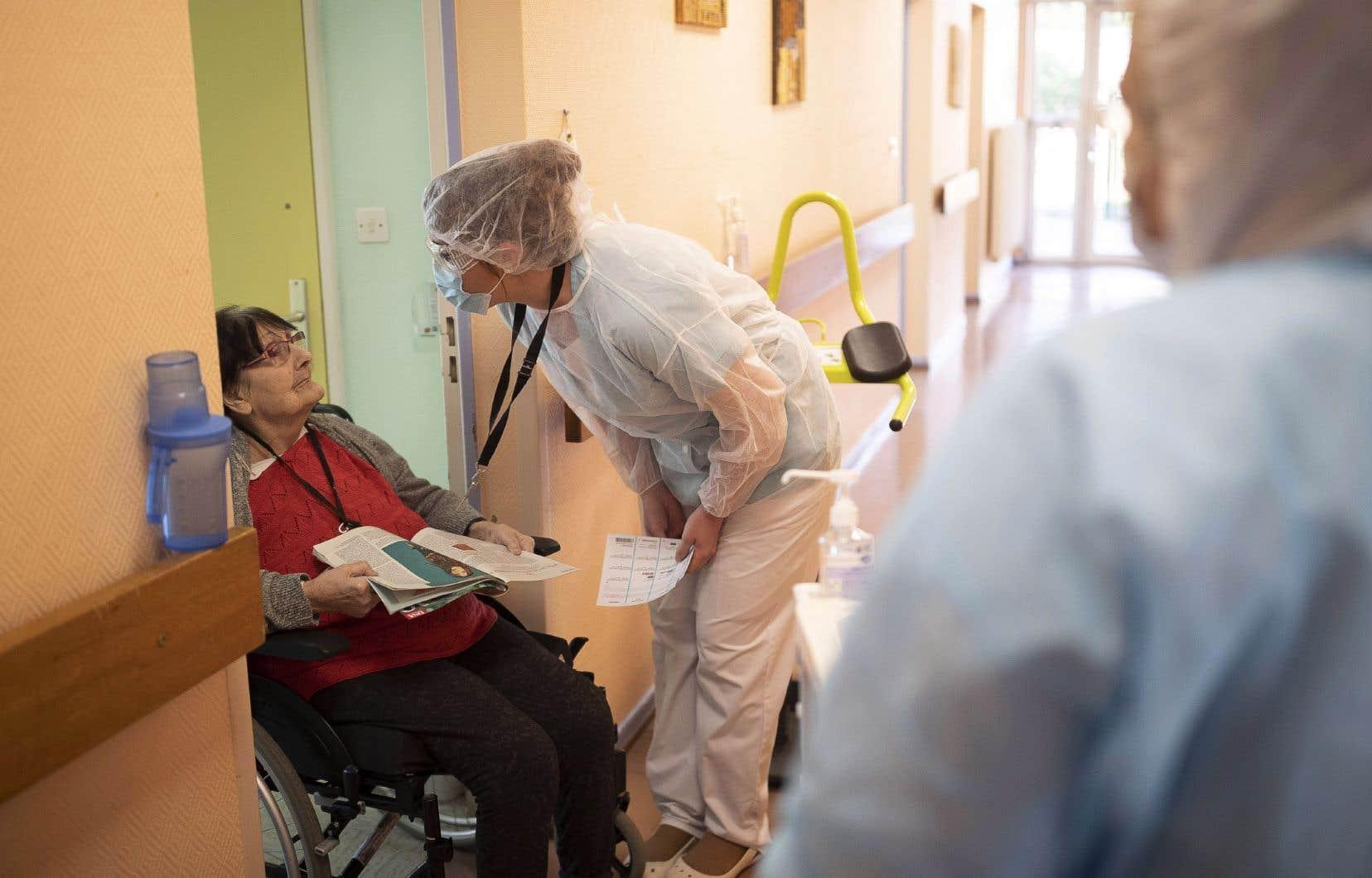 «Il faudra que la Santé publique cesse d'être amputée des moyens dont elle a besoin pour faire un travail efficace», réclament les auteurs.