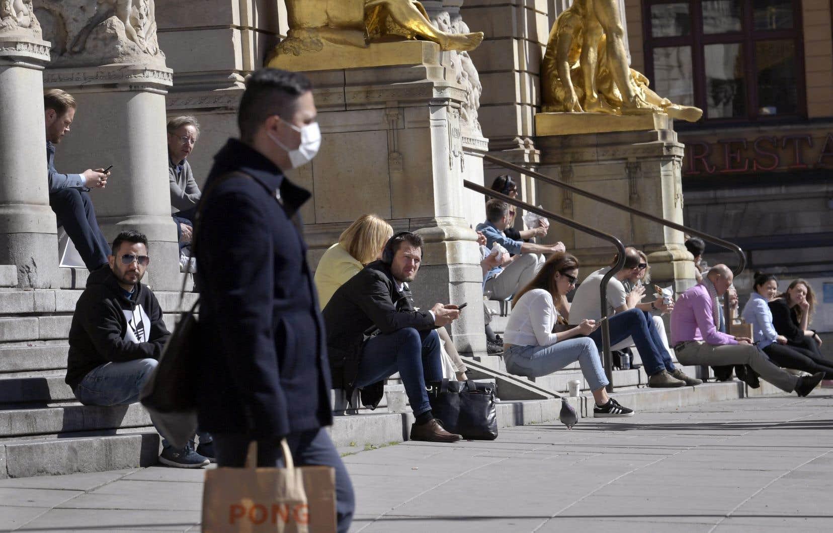 En Suède, contrairement à d'autres pays européens, le confinement de la population n'est pas d'actualité pour endiguer l'épidémie.