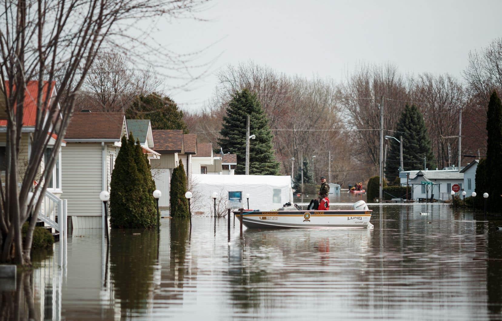 Au printemps 2019, des milliers de citoyens de Sainte-Marthe-sur-le-Lac, dans les Laurentides, ont été évacués.