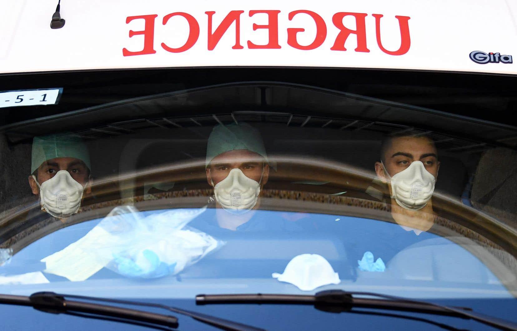 <p>Vaincre la pandémie de nouveau coronavirus exige «l'effort de santé publique le plus massif de l'histoire», a de son côté prévenu le secrétaire général des Nations unies.</p>