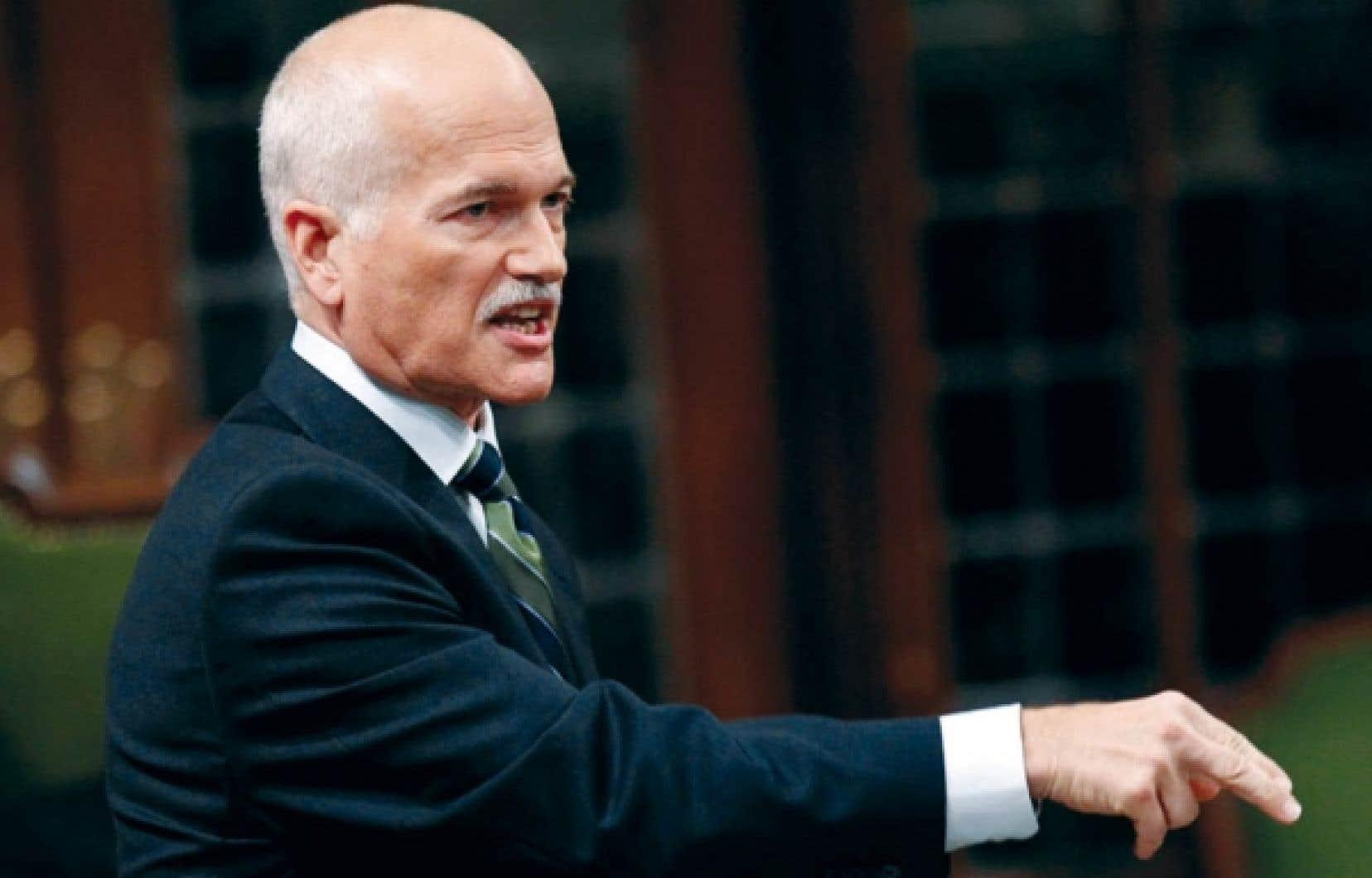 Jack Layton refuse de voir un signal inquiétant dans la défaite de l'élection partielle de Winnipeg-Nord.<br />