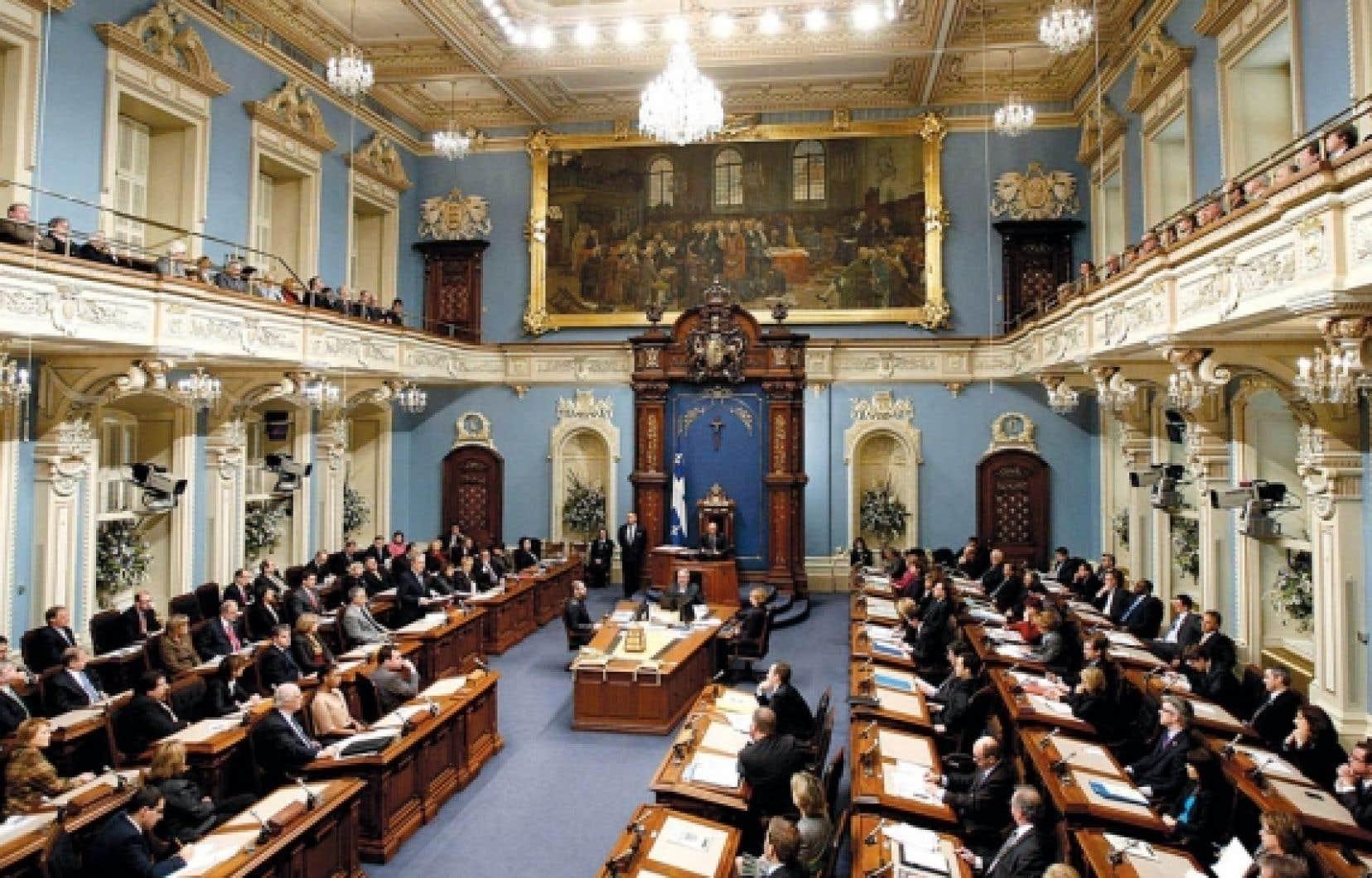 La possibilité d'une prorogation de l'actuelle session parlementaire et la lecture d'un discours d'ouverture par le premier ministre font partie des scénarios les plus probables pour l'hiver.