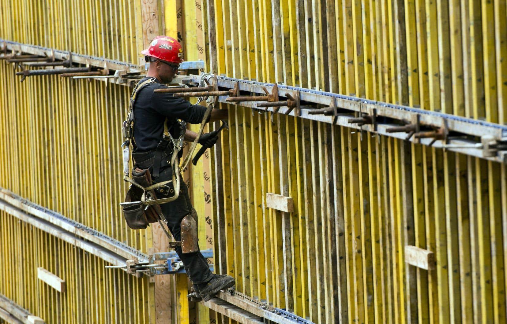 À lui seul, le secteur de la construction non résidentielle représente 35000 travailleurs qui seront appelés à reprendre le boulot.