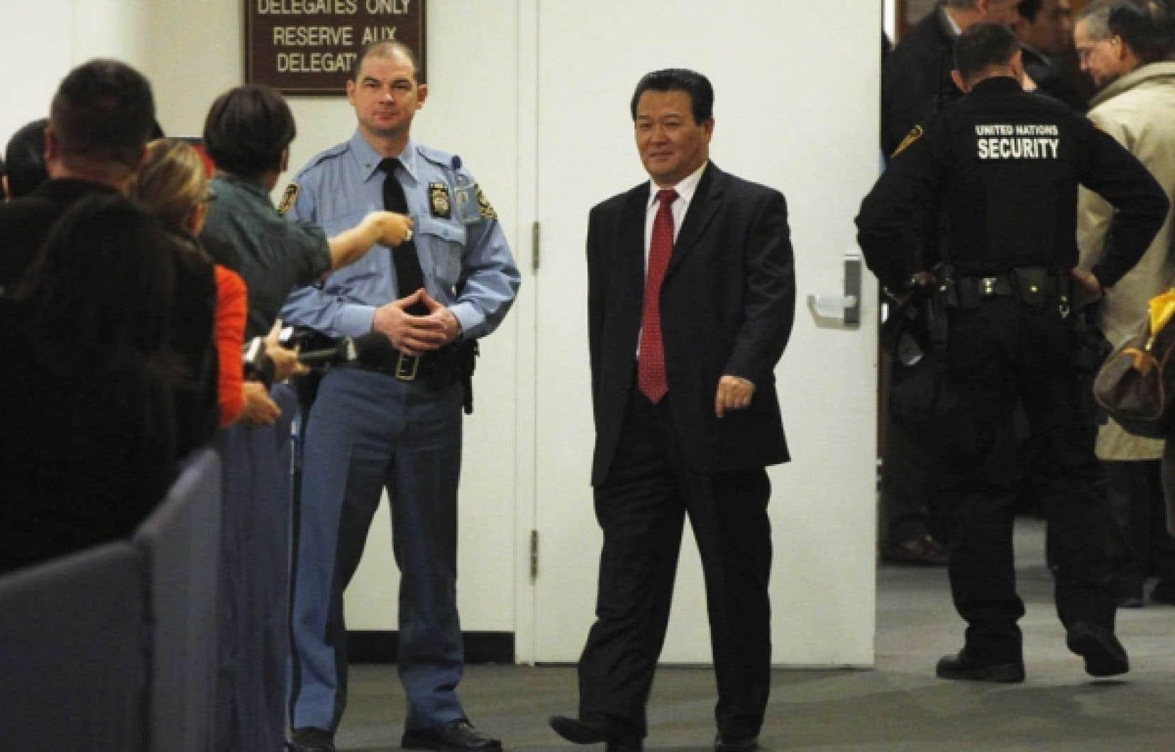L'ambassadeur nord-coréen aux Nations-unies, Sin Son-ho, lors de la séance extraordinaire du Conseil de sécurité, hier à New York.