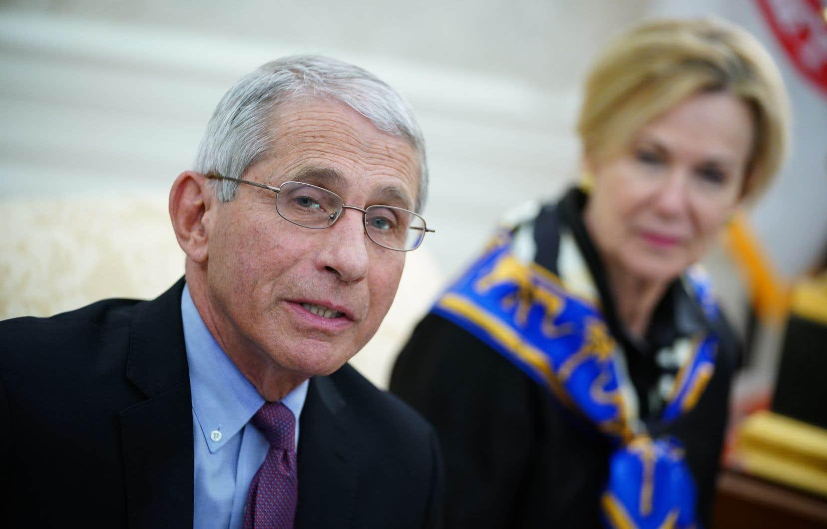 «Les données montrent que le remdesivir a un effet clair, significatif et positif pour réduire le temps de rétablissement» des malades, a déclaré Anthony Fauci, directeur de l'Institut des maladies infectieuses, dans le Bureau ovale de la Maison-Blanche.