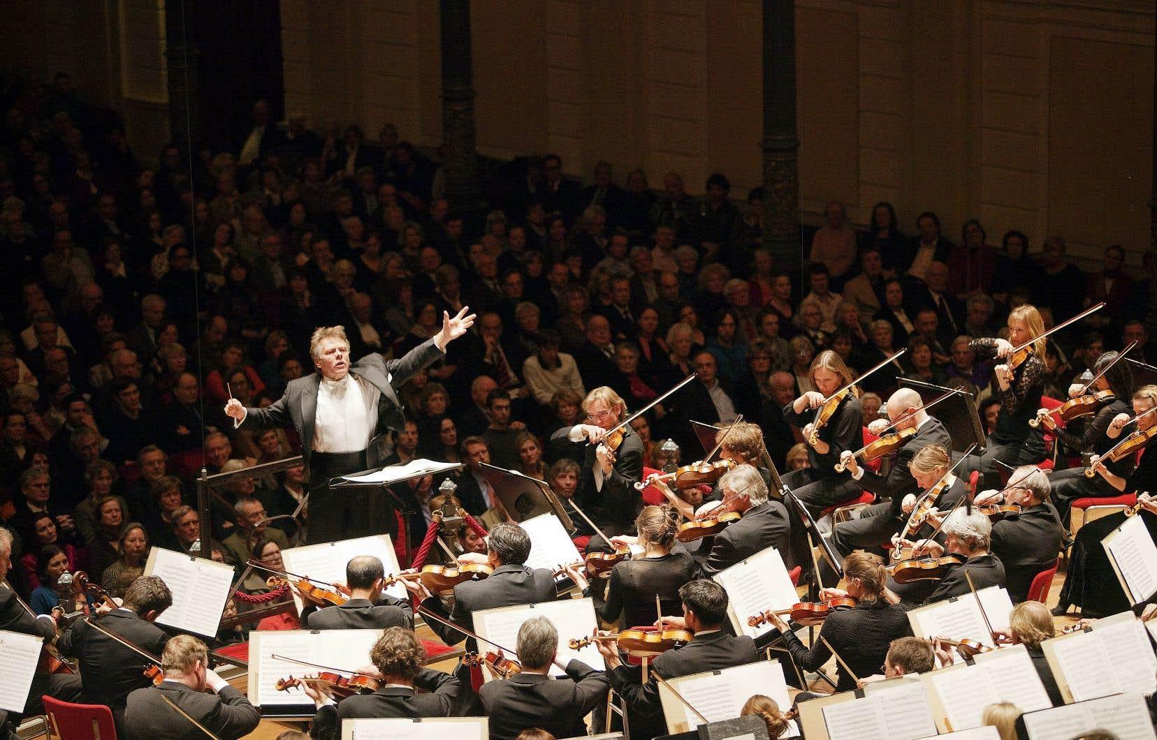 Mariss Jansons, ici dirigeant l'Orchestre royal du Concertgebouw en 2009.