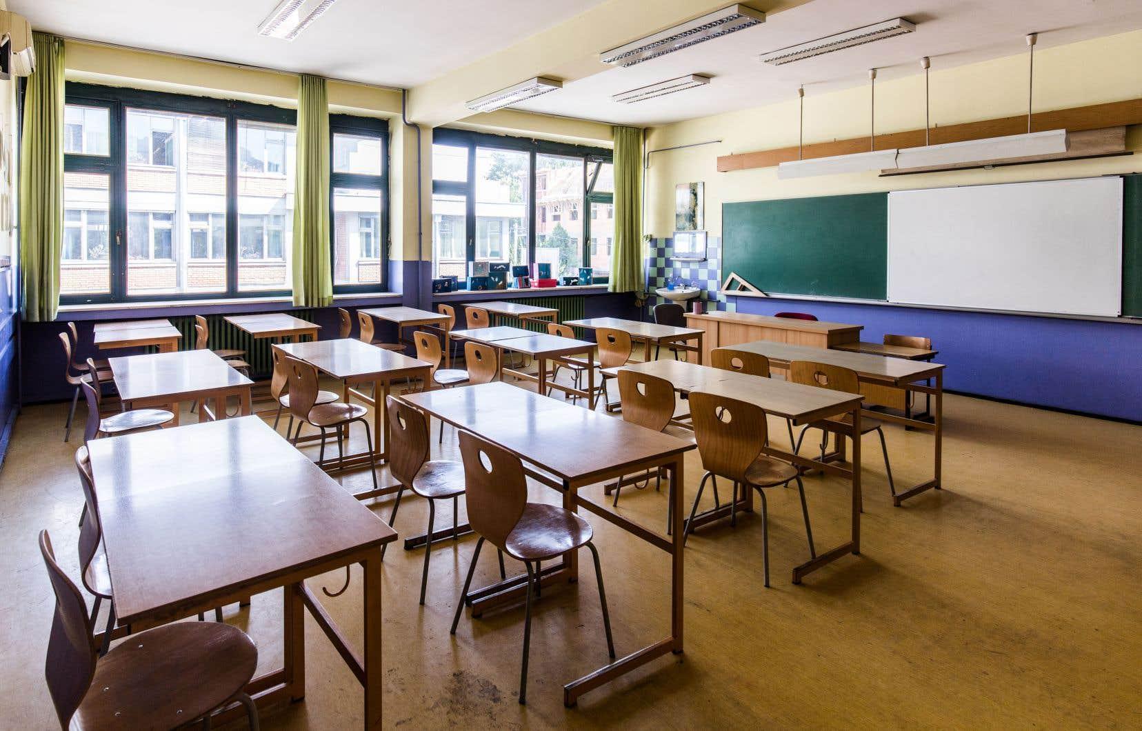 «Les iniquités existaient déjà entre les écoles privées et publiques, et le manque d'action du ministre Jean-FrançoisRoberge n'a fait que les accroître», constatent les autrices.