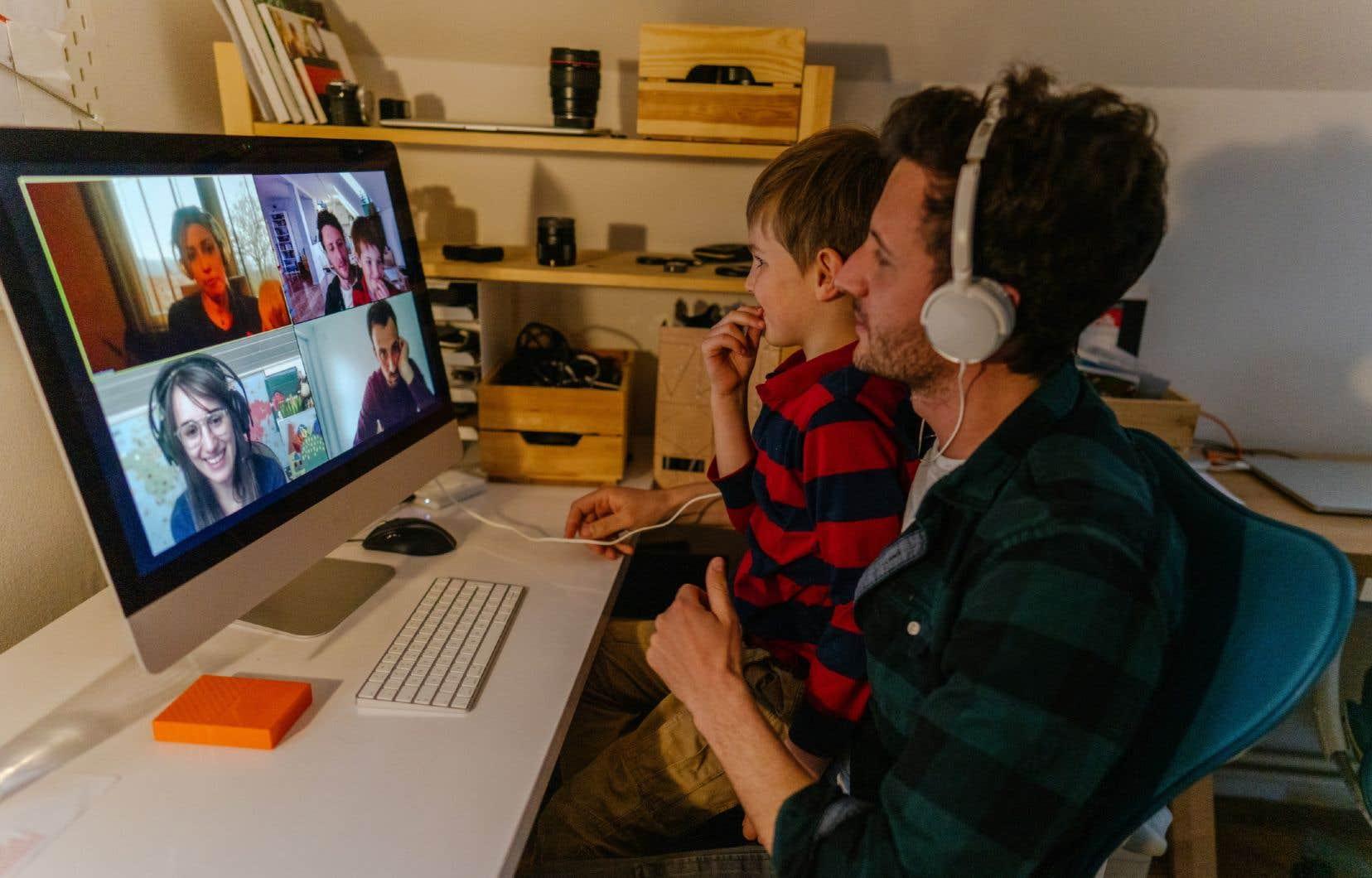 «7 Canadiens sur 10 affirment passer plus de temps sur Internet qu'avant la pandémie», écritStéphane Garneau.