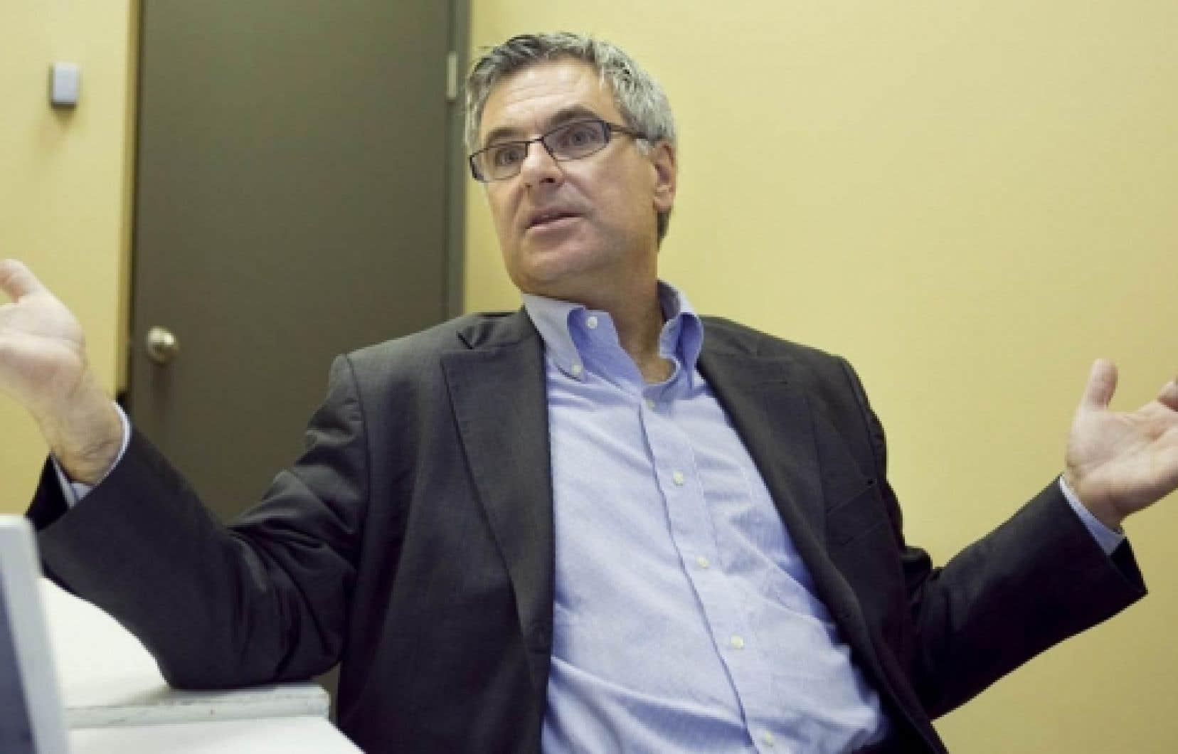 La Coalition pour l'accès à l'aide juridique demande au ministre de la Justice, Jean-Marc Fournier, de rehausser immédiatement les seuils d'admissibilité à l'aide juridique au niveau du salaire minimum.<br />