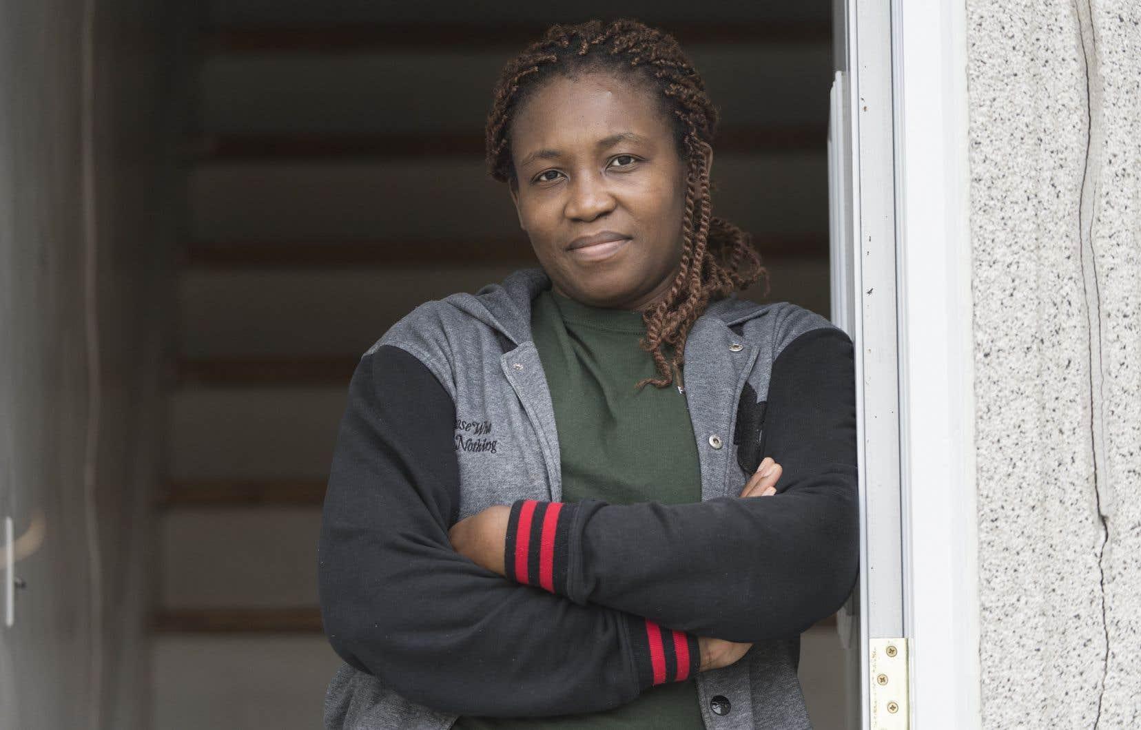 Ze Benedicte Carole, une demandeuse d'asile originaire du Cameroun, a répondu à l'appel du premier ministre Legault d'aller prêter main-forte dans les CHSLD.