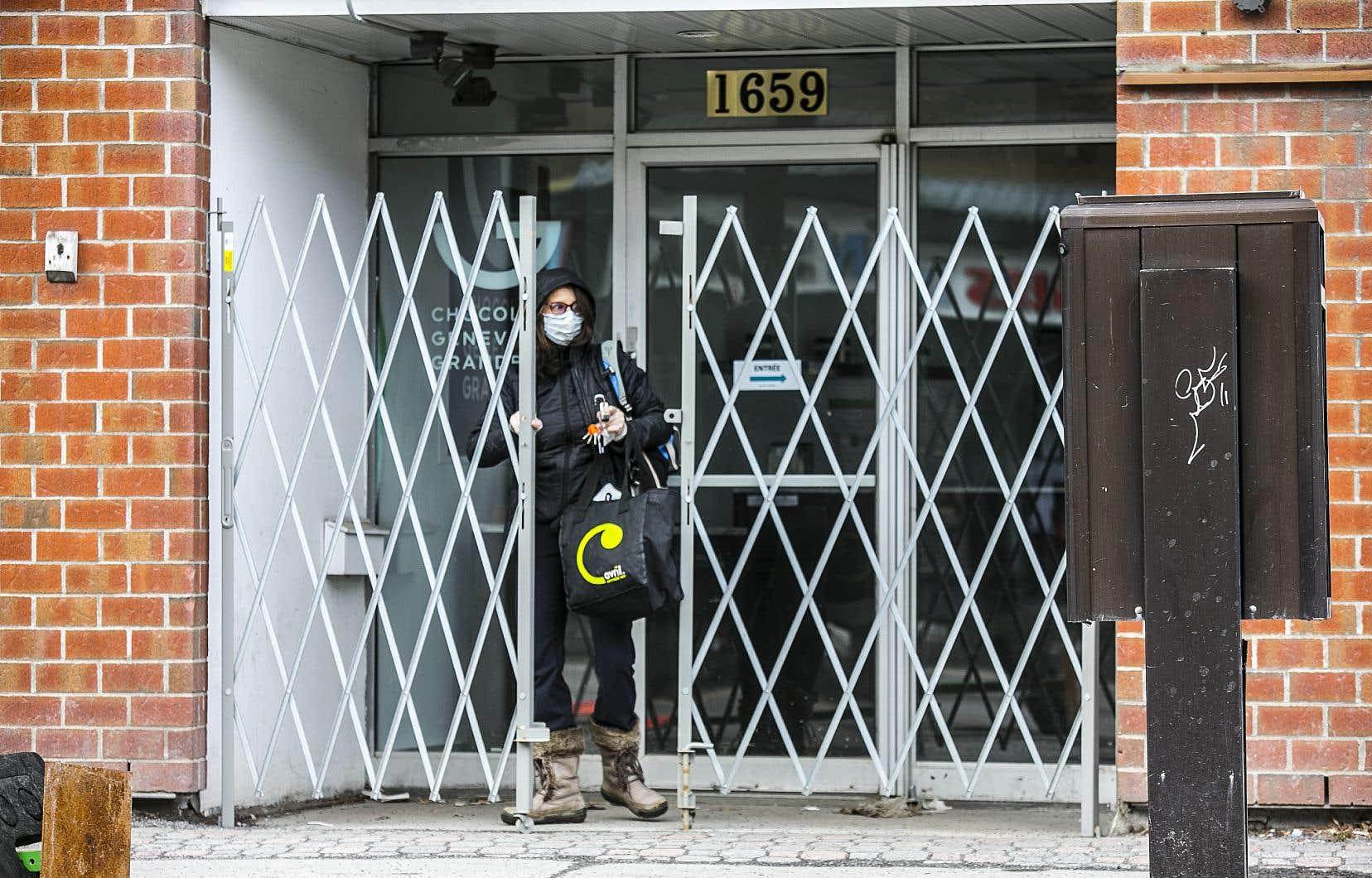 Le gouvernement du Québec avait décrété la fermeture des commerces de détail pour tous les dimanches des mois d'avril et de mai.