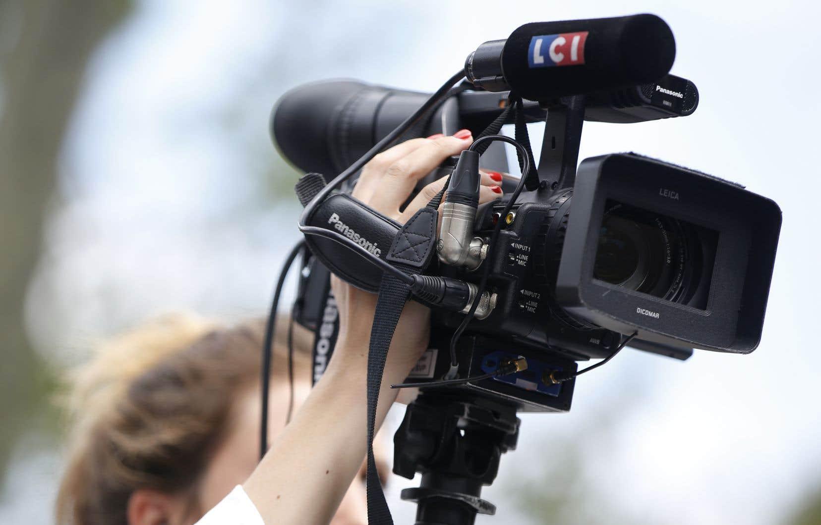 En France, TF1 a placé un tiers de ses effectifs en chômage partiel en avril.