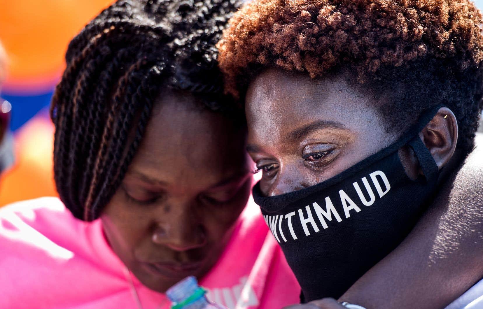 Le meurtre a ravivé les tensions raciales en Géorgie, un État au long passé ségrégationniste.