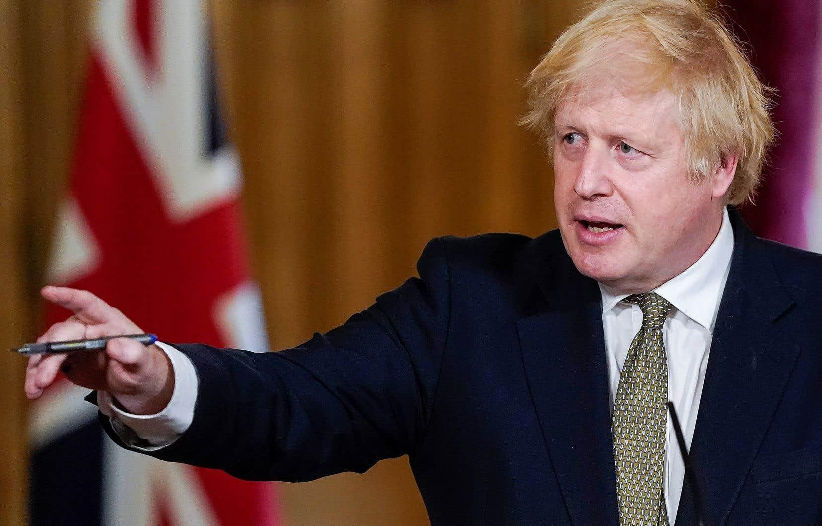 Boris Johnsonestime que Dominic Cummings a agi de «façon responsable, légale, et avec honnêteté».
