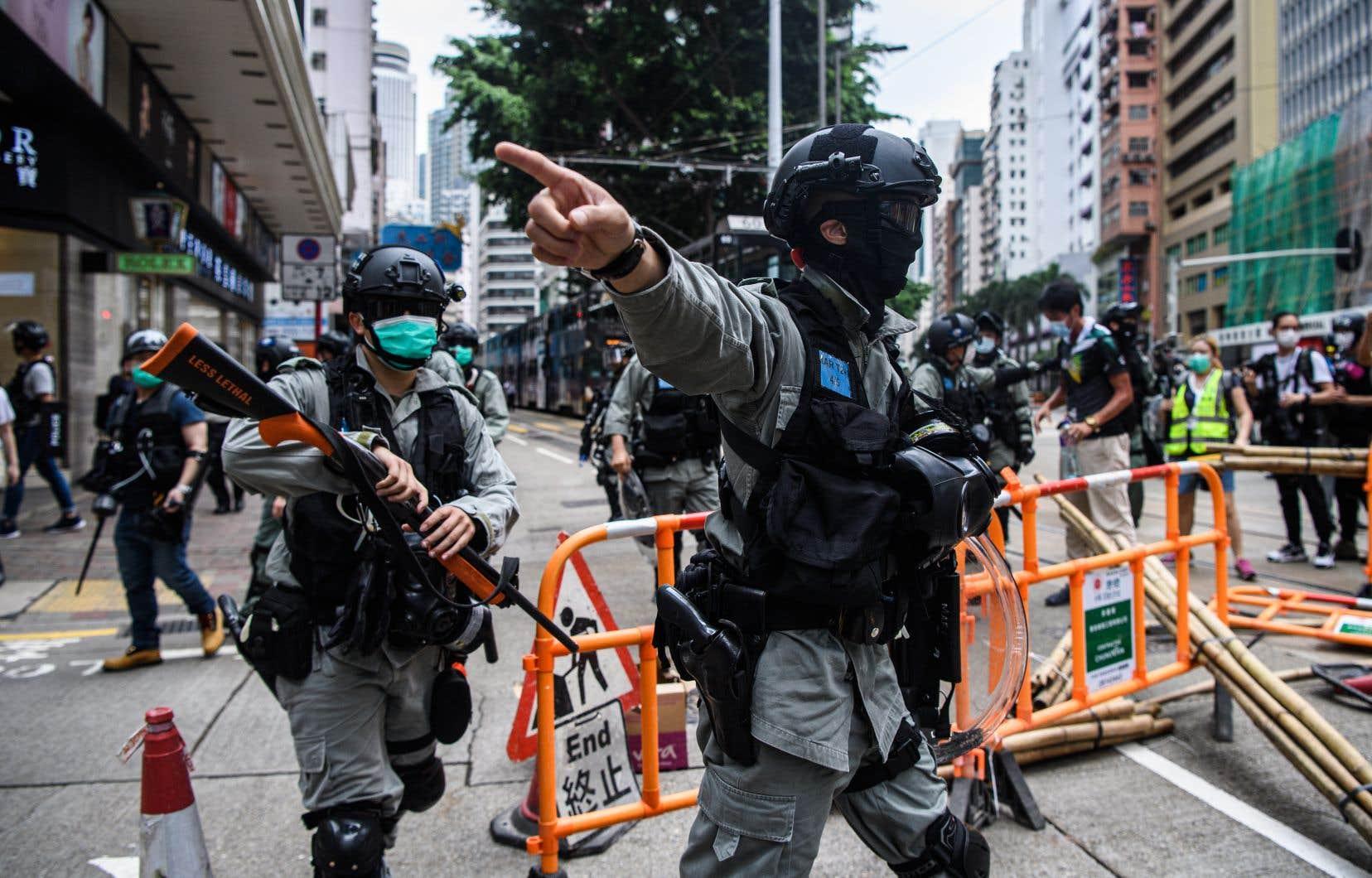 Le mouvement de contestation contre l'autoritarisme de Pékin à l'endroit de Hong Kong a repris de la vigueur dimanche, avec de nouvelles manifestations.
