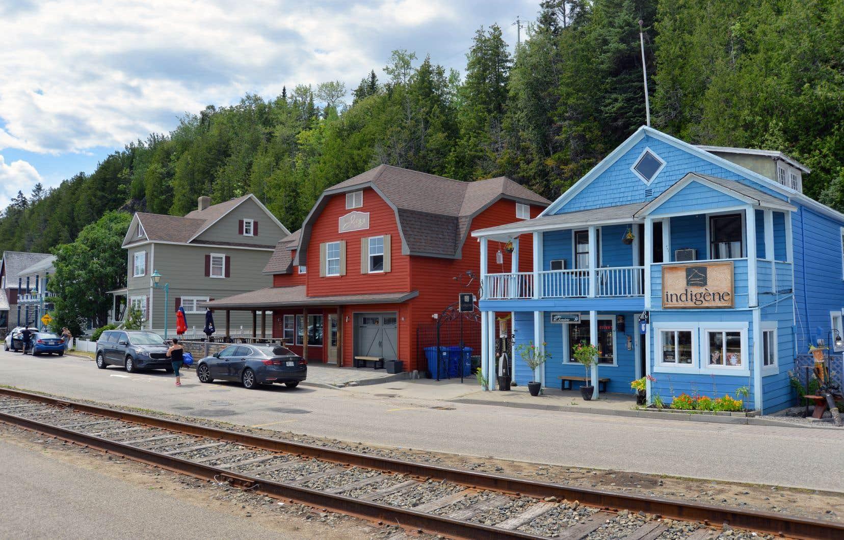 «Le Québec a besoin de ses cœurs de villes et de villages. Ils sont notre identité, notre lieu d'accueil par excellence, notre carte de visite collective», pensent les membres de la Coalition Coeurs de villes et villages.