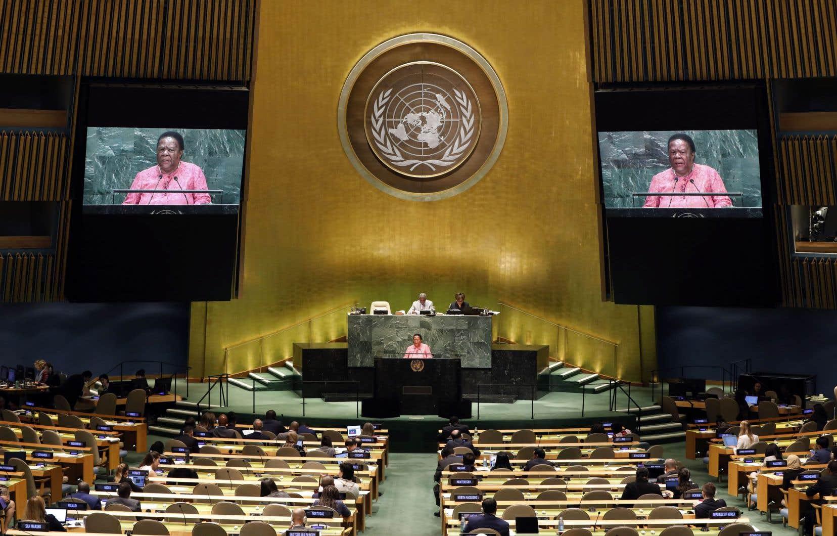 «Il faut mondialiser la volonté de coopérer non seulement des États, mais aussi des citoyens, à défaut de quoi l'humanité courra à sa perte», écrivent les auteurs.