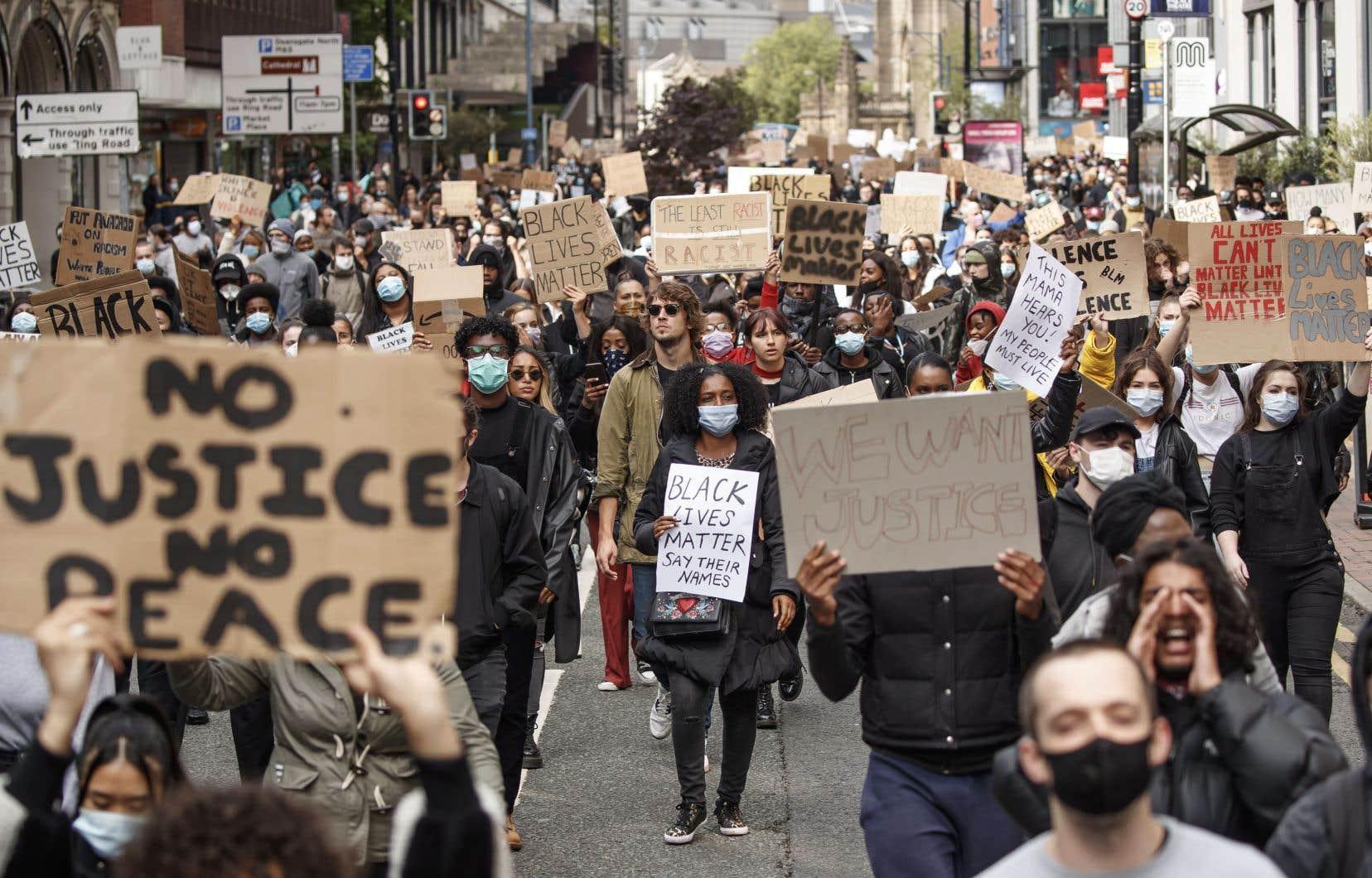 De Bristol à Budapest en passant par Madrid et Rome, des dizaines de milliers d'Européens ont dénoncé le racisme et les violences policières dimanche.
