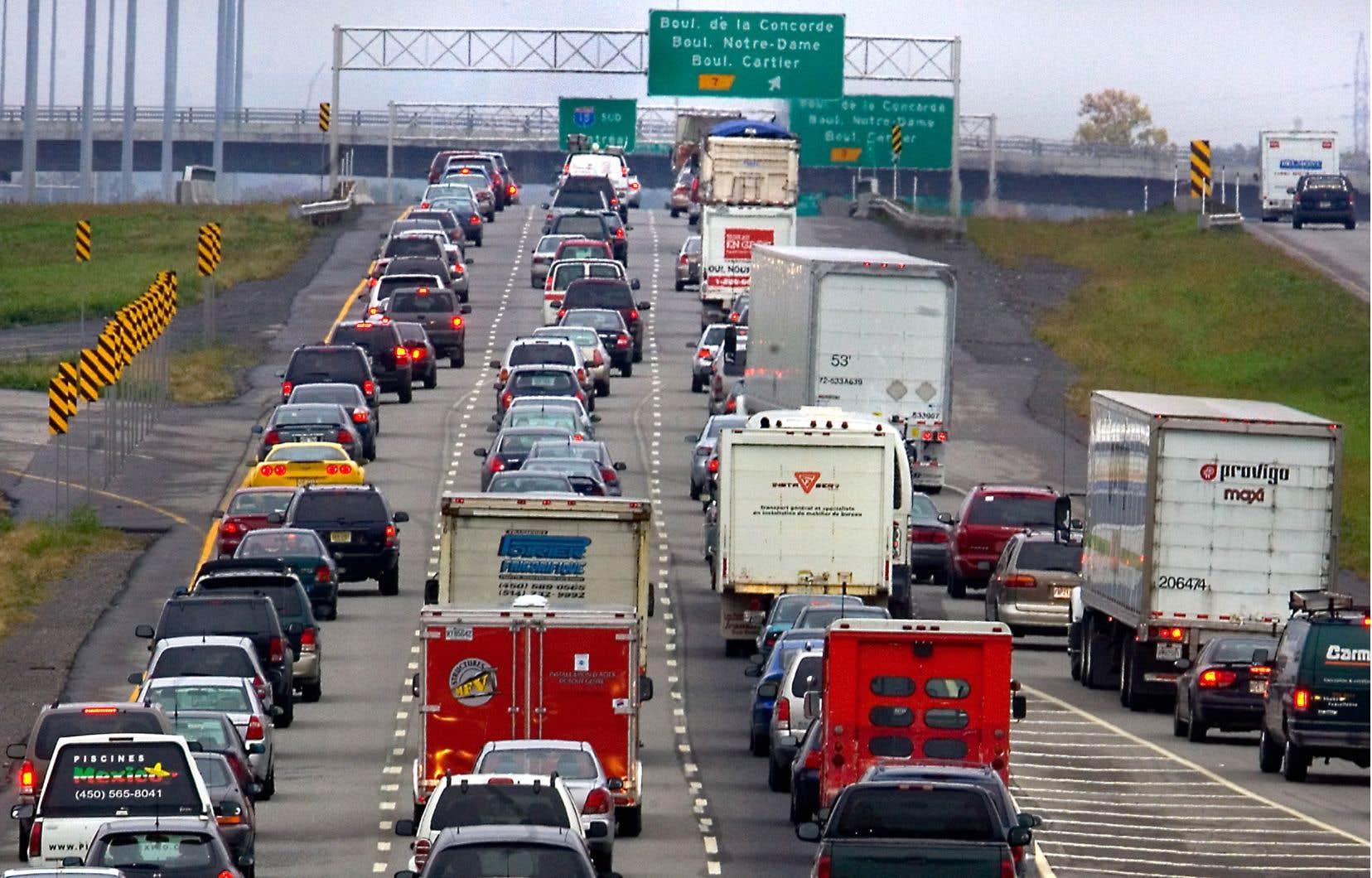 En matière d'écofiscalité, une idée qui revient souvent est celle de moduler les taxes à l'acquisition ou les droits d'immatriculation des véhicules en fonction de leur cylindrée.