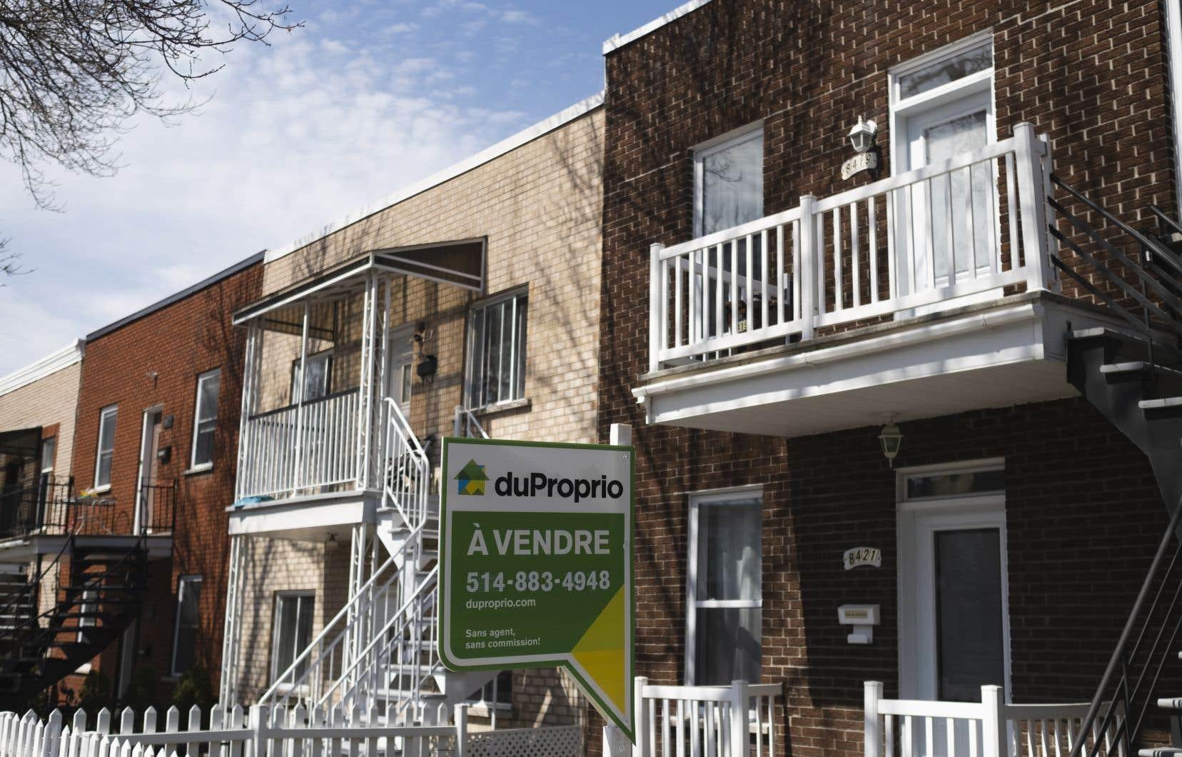 En moyenne, un ménage canadien sur cinq ne dispose pas du coussin financier nécessaire pour faire face à ses obligations hypothécaires, alors que le tiers ne tiendrait pas quatre mois, selon une note analytique de la Banque du Canada publiée la semaine dernière.