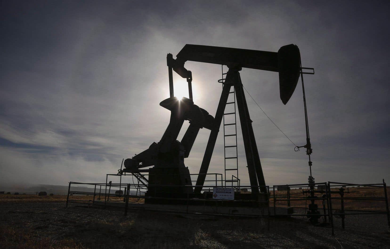 Le lobby pétrolier et gazier estime que les énergies fossiles sont cruciales pour la relance économique.