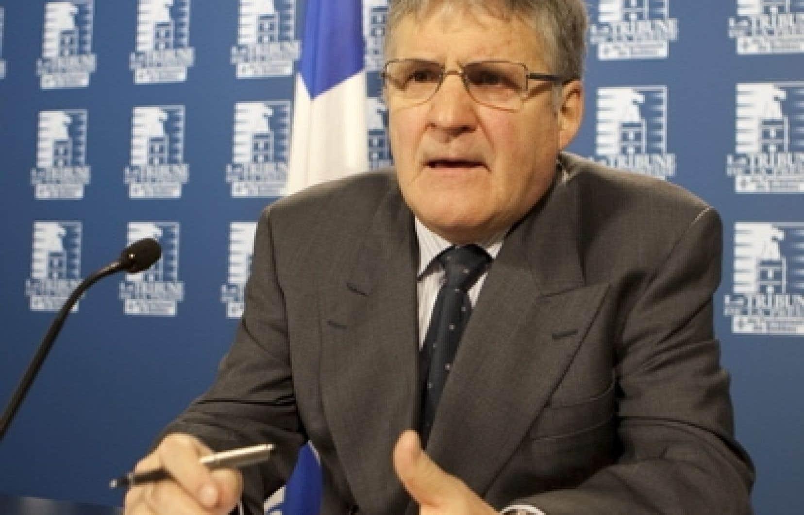 À l'initiative de l'ancien ministre Paul Bégin (notre photo), 51 députés et ex-députés, tous péquistes, ont exprimé des regrets ou des excuses pour avoir condamné le citoyen Yves Michaud, le 14 décembre 2000.