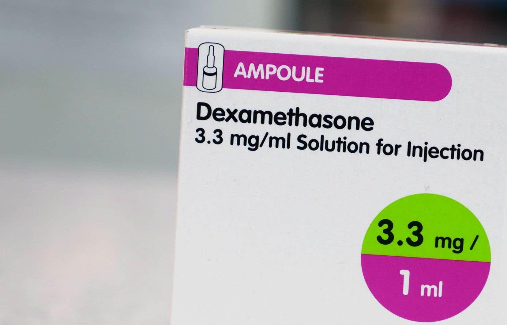 Selon les premiers résultats d'un essai clinique britannique, la dexaméthasone réduit d'un tiers la mortalité chez les malades les plus gravement atteints.