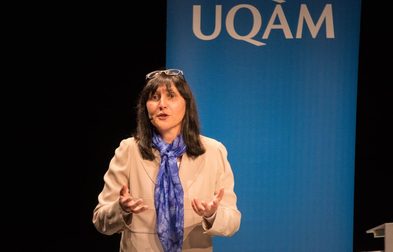 «Dans le contexte de la pandémie, de nombreuses mesures ont été mises en place rapidement pour soutenir l'ensemble du personnel enseignant dans l'enseignement à distance», écrit la rectrice de l'UQAM,Magda Fusaro.