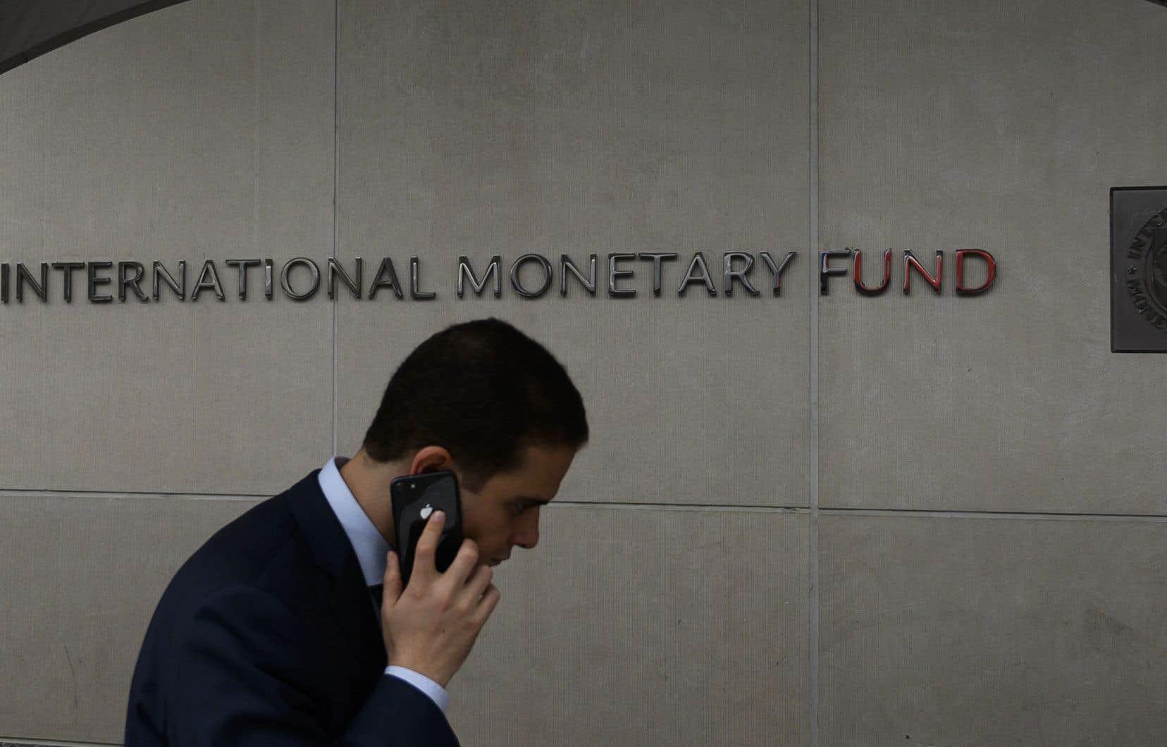 Selon l'institution de Washington, les interventions des banques centrales et des gouvernements alimentent un optimisme croissant chez les investisseurs.