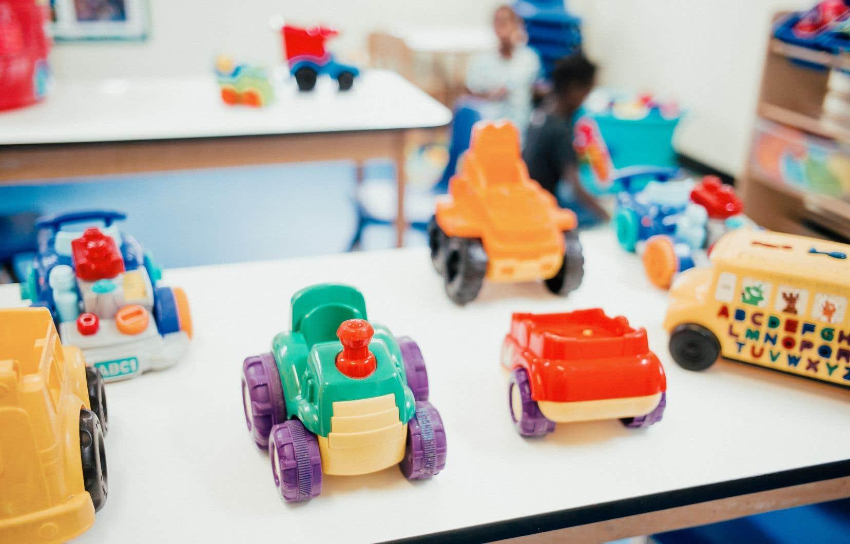 <p>Les services de garde éducatifs situés dans la grande région de Montréalpourront accueillir jusqu'à 75% du nombre maximal d'enfants prévu à leur permis.</p>