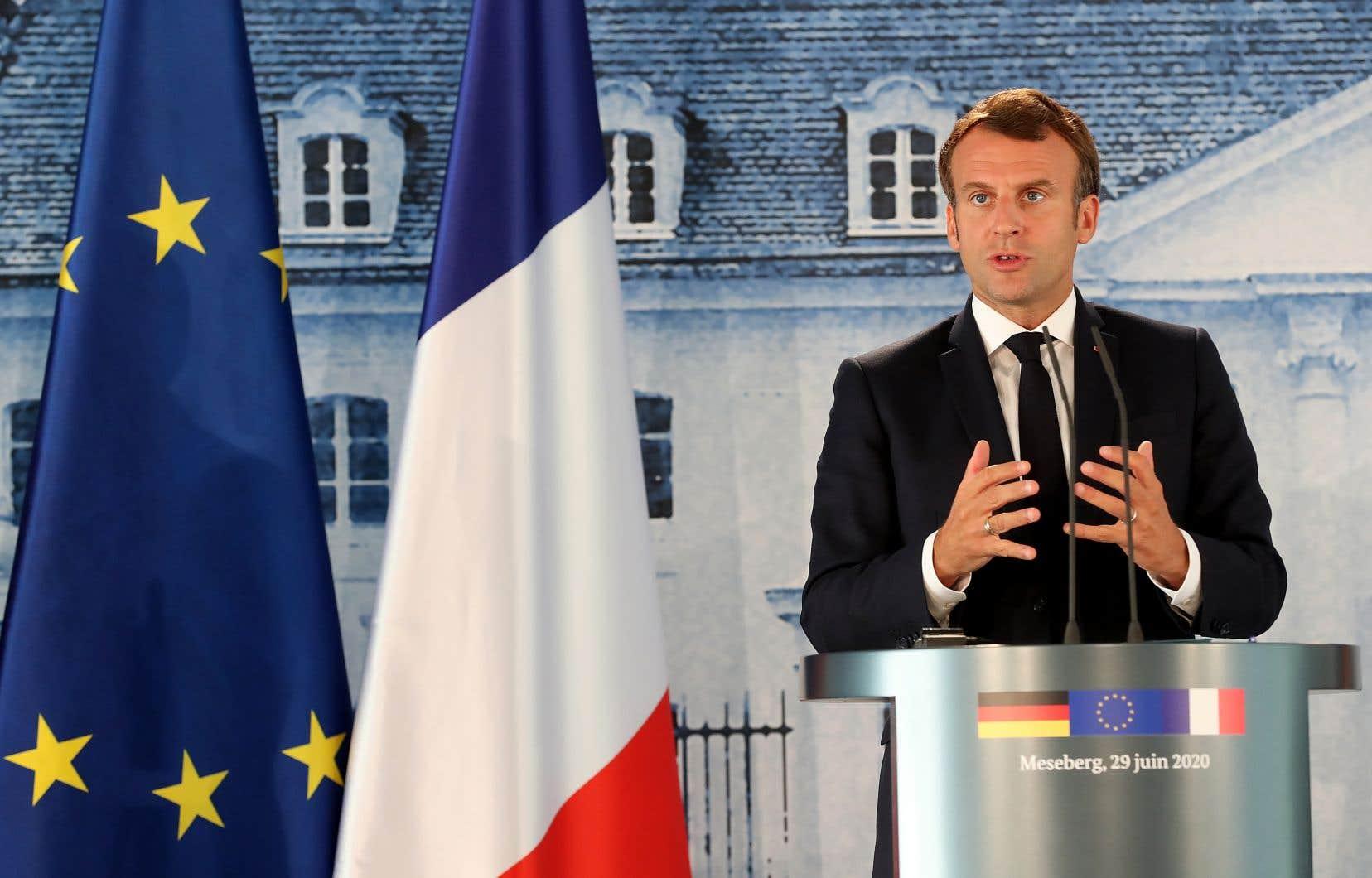 «Nous sommes à un moment d'indispensable clarification de la politique turque en Libye, qui est pour nous inacceptable», a déclaré le président français lundi.